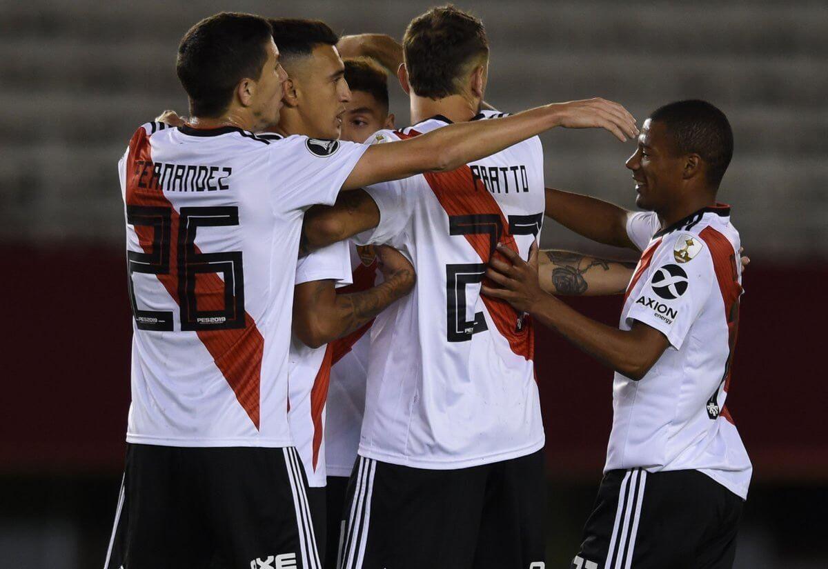 De La Cruz pelea por el mejor gol de la Copa