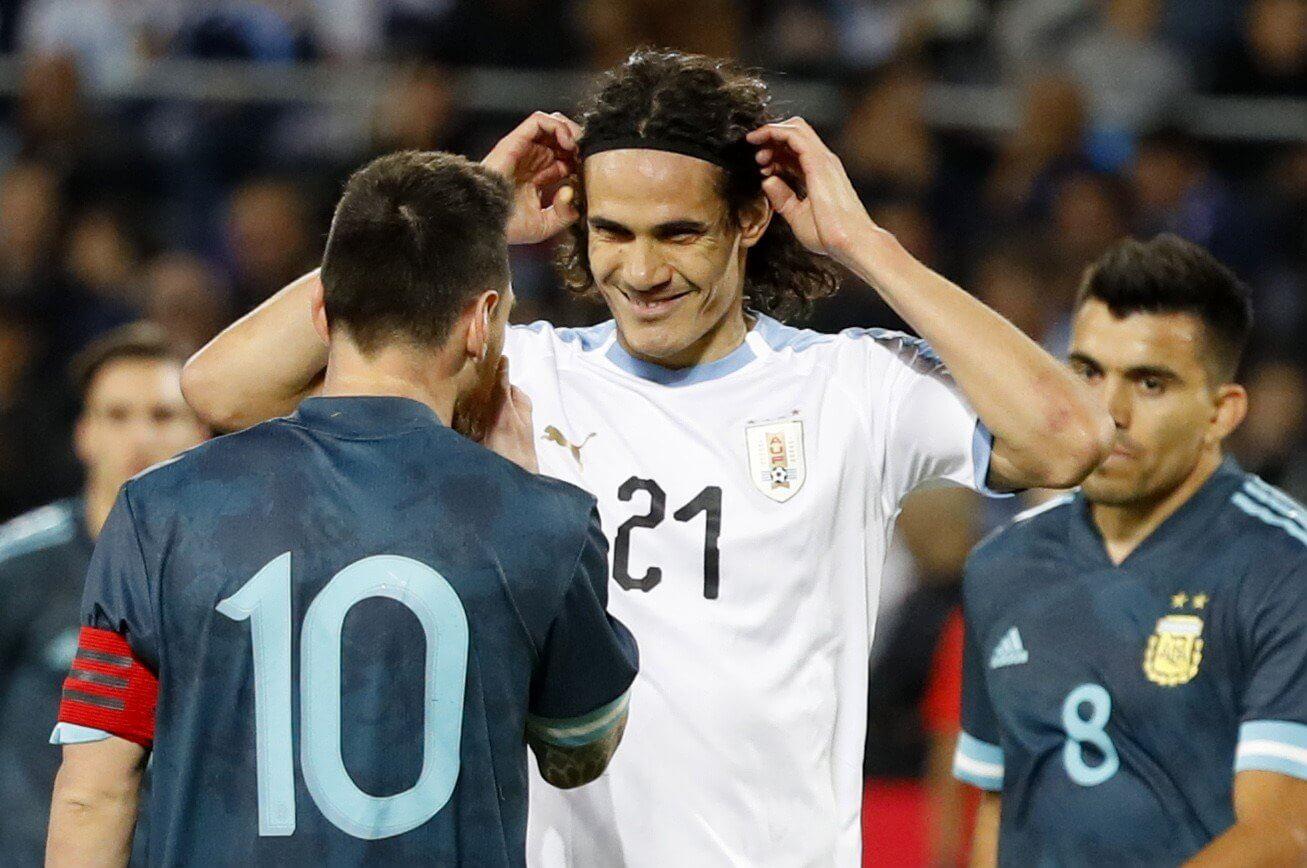Cavani hablo de la pelea con Messi