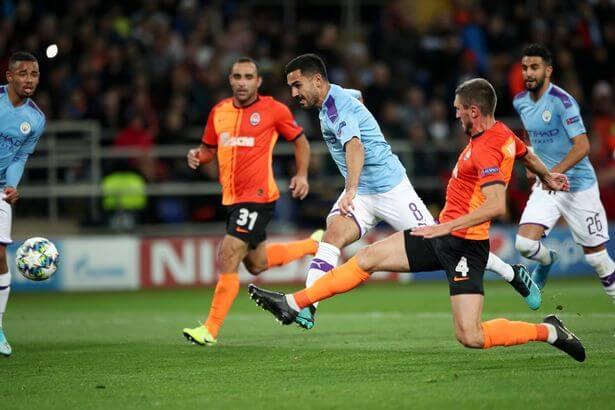 El Manchester City empató y está en octavos