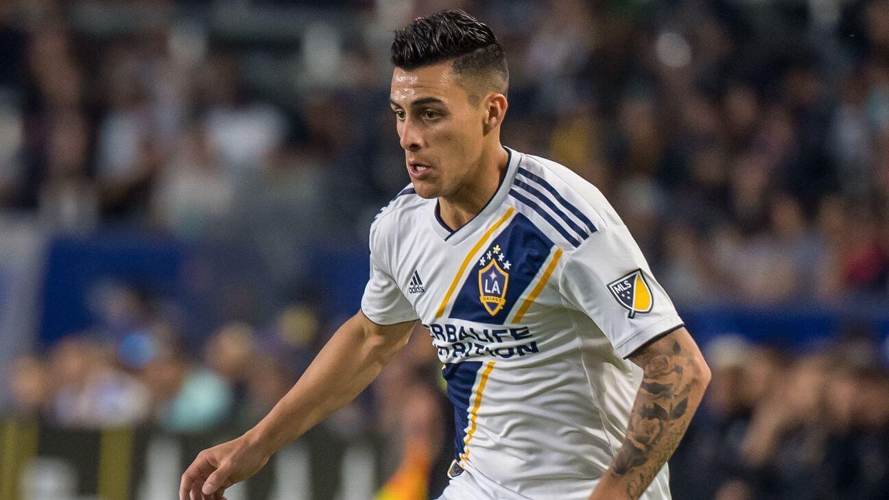 Los Angeles Galaxy le renuevan a Pavon