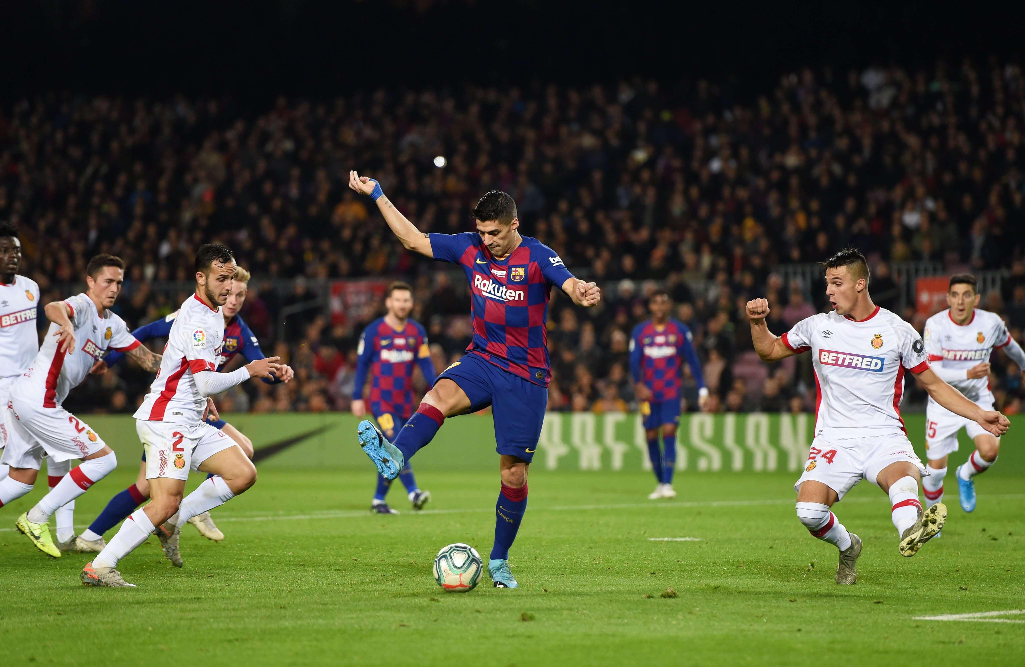 Golazo taco Luis Suárez Barcelona
