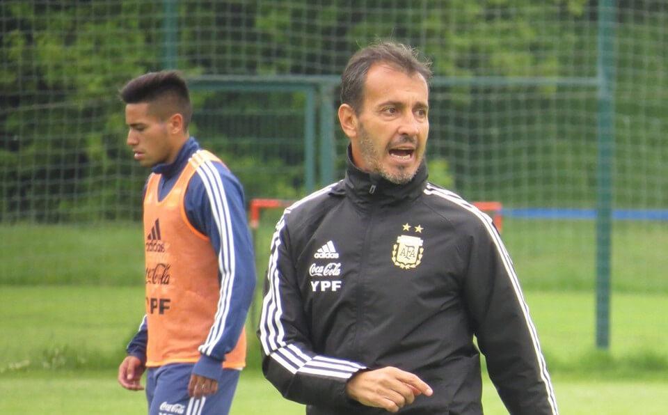 Batista quiere a Montiel en los preolimpicos de la Selección Argentina