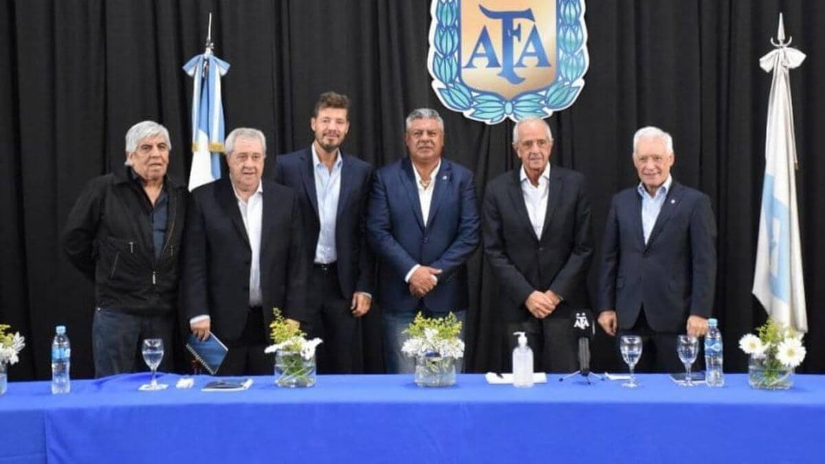 Claudio Tapia AFA Liga Profesional Argentina Superliga
